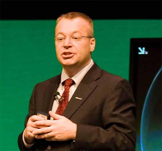 In schwierigem Fahrwasser: Der seit September 2010 an der Spitze von Nokia stehende frühere Microsoft-Manager Stephen Elop hat mit deutlichen Stückzahl-Rückgängen zu kämpfen.