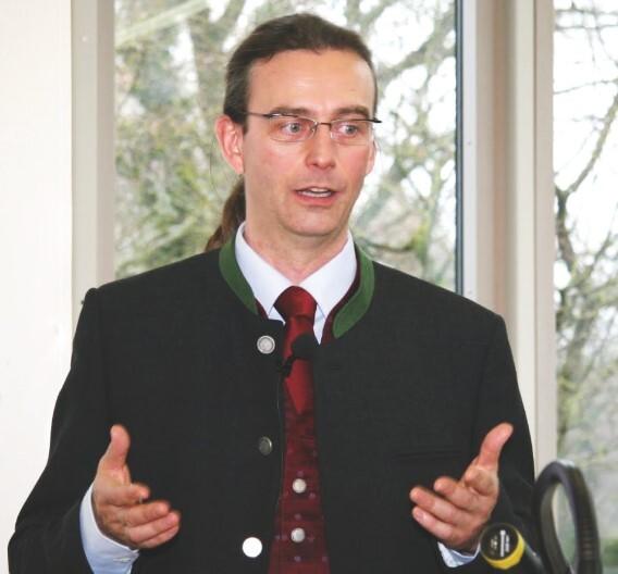 Olaf Schilperoort, Produktmanager bei Belden: »Der Einbindung von WLAN-Geräten in ein EtherNet/IP- oder Profinet-Netzwerk steht jetzt nichts mehr im Weg.«
