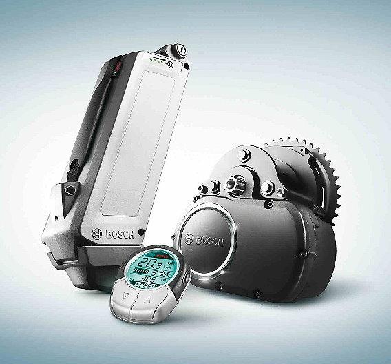 Das eBike-System von Bosch umfasst den Antriebsblock mit Sensoren, die Batterie inklusive Ladegerät sowie den Bediencomputer am Lenker.