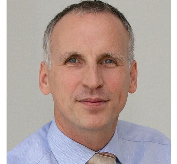 Dr. Dietmar Ley, Basler: »Wir werden auch im Geschäftsjahr 2011 ein solides, profitables Wachstum zeigen.«