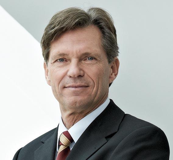 """Bild 1. Dr. Klaus Probst, Vorstandsvorsitzender der Leoni AG: """"Know-how sowohl in der Kabelherstellung als auch in der Bordnetzproduktion gehört zu unseren Stärken."""""""