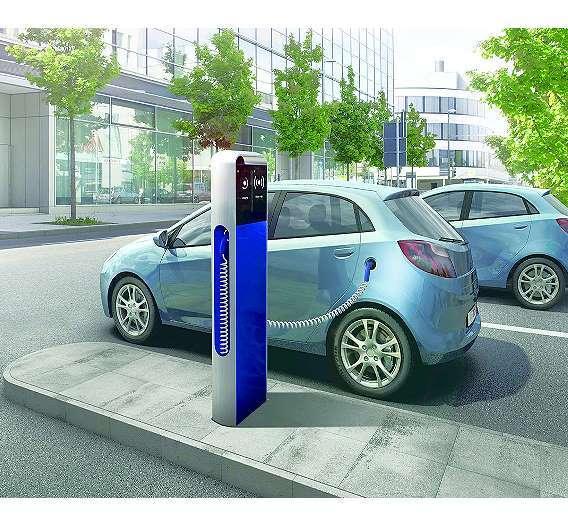 Bild 3: Mit der internetbasierten Dienste-Plattform »eMobility Solution« von Bosch sollen die Fahrer von Elektromobilen beispielsweise schnell eine freie Ladestation finden