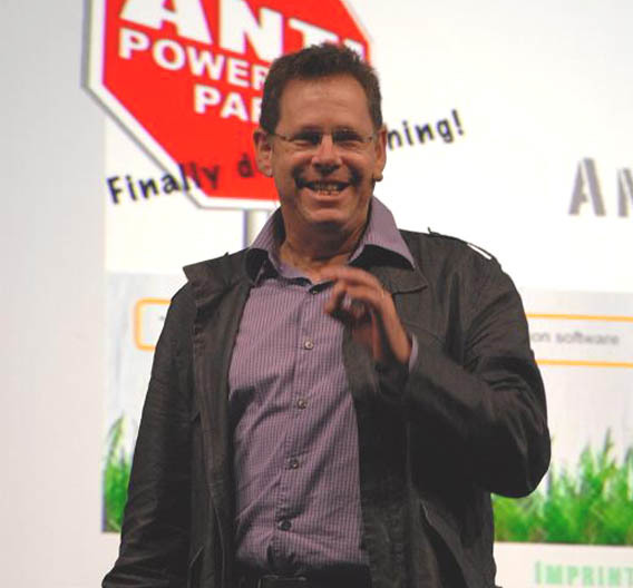 ARM-CTO Mike Muller freute sich über 90 Intel-Mitarbeiter, die dieses Jahr an der Techcon-Konferenz teilnahmen.