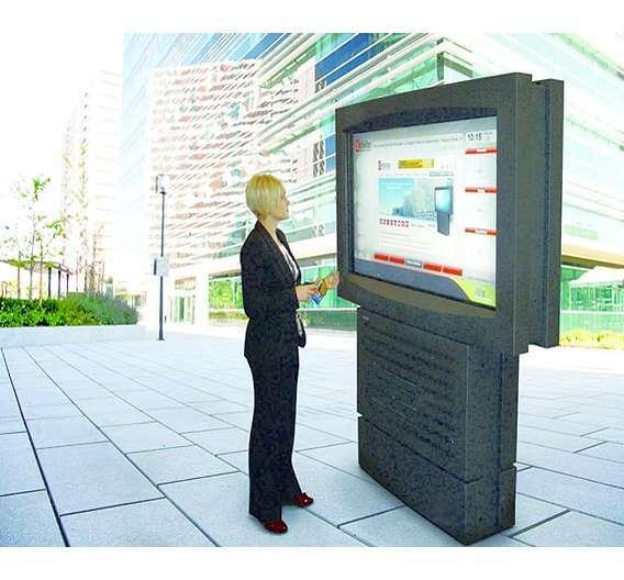 Bild 3: Zytronic-Touchsensoren wurden von Infinitus für großformatige Digital-Signage-Anwendungen spezifiziert