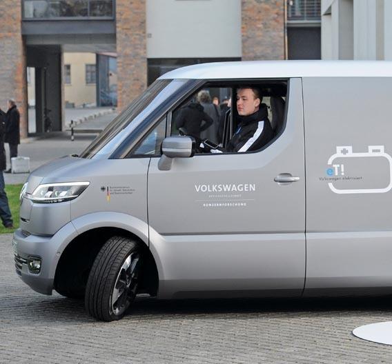Forschungsfahrzeug VW eT!