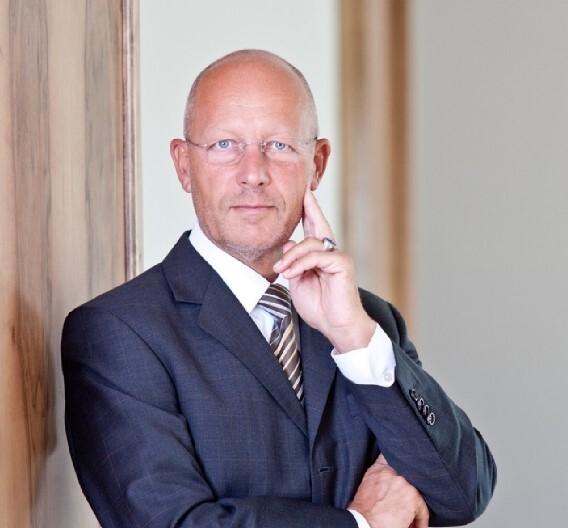 Dr. Joachim Belz