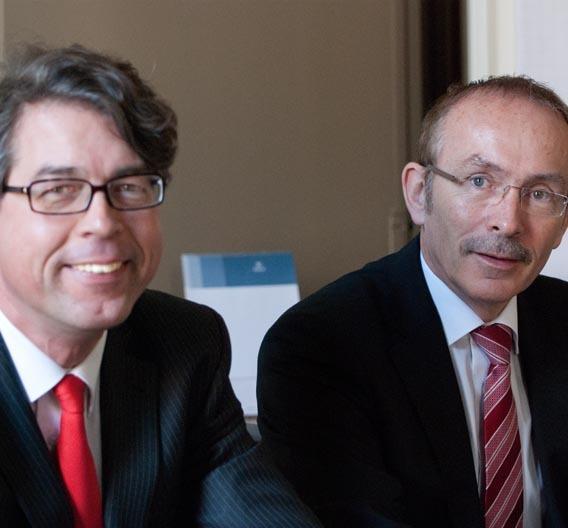 Dr. Jürgen Kaiser-Gerwens, Finanzvorstand und Ulrich Gehrmann, Vorstandsvorsitzender von Kontron