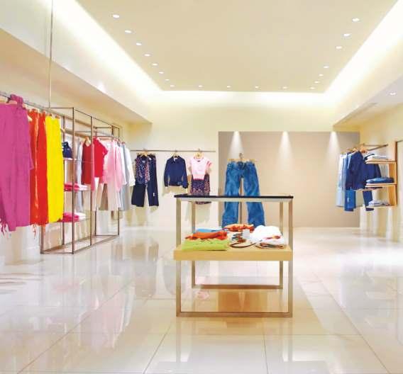 Im Geschäft soll die Akzentbeleuchtung helfen, den Kunden zum Kauf zu animieren.