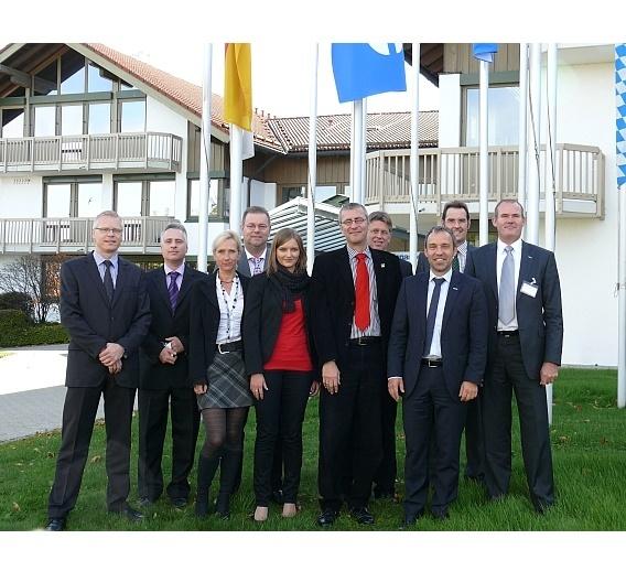 Panasonic Electric Works Europe und TTI bauen ihre strategische Partnerschaft aus