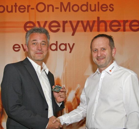 Michael Heinz (links), Director of Operations Gemany and Central Europe von Adeneo Embedded und Gerhard Edi, Vorstand von congatec, sind sich über die Partnerschaft für ARM-Module einig.
