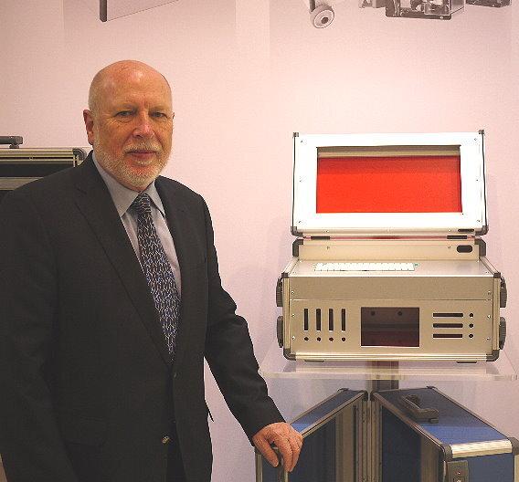 Peter Hauser, Santox: »Mit dem neuen S4000-System adressieren wir ganz klar das 19-Zoll-Segment.«