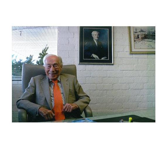 Der Gründer von International Rectifier Eric Lidow ist im Alter von 100 Jahren gestorben.