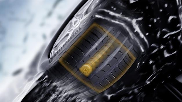 Mit den zukünftig direkt unter der Lauffläche des Reifens verbauten Sensoren erkennt die Elektronik, wie groß diese Aufstandsfläche und errechnet daraus die Zuladung.