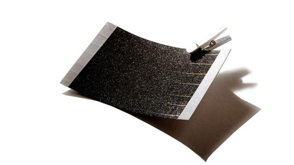 Photovoltaik folie solar start up bekommt 8 millionen for Folie zum bekleben von schranken