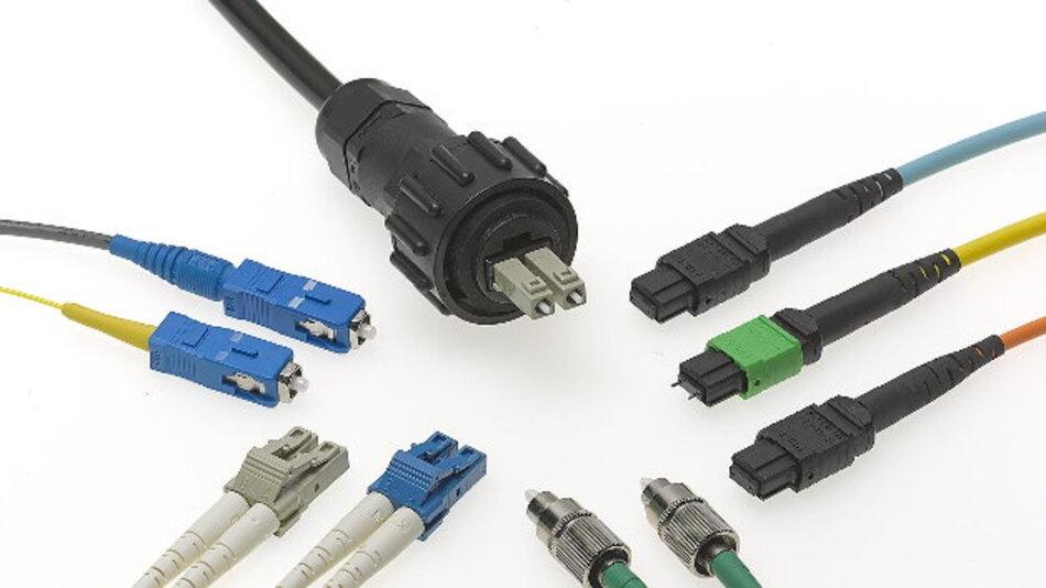 Zu den verfügbaren Kabeloptionen gehören die traditionellen Varianten der Singlemode- und Multimode- FC-, SC-, LC-, Industrial-LC-und Multifaserkabel von Molex, einschließlich MTP-12- und 24 –Flachfasern und Breakout-Kabeln.