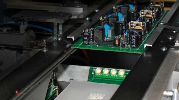 Innenansicht des »LaserVision Twin« von Prüftechnik Schneider & Koch