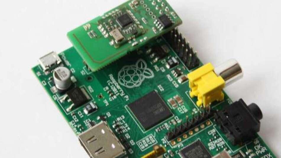 Mit Z-Wave Aufsteckmodul: Raspberry Pi kann jetzt auch Smart