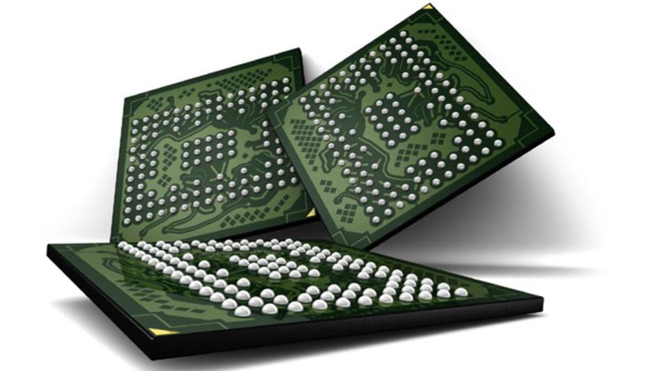 Im letzten Jahr hat der US-Speicherhersteller Micron die ersten Phasenwechselspeicher in die Massenfertigung überführt. Dabei handelt es sich um Multichip-Packages die aus jeweils einem 512 Mbit Low Power DRAM sowie einem 512 Mbit großen PCM bestehen.