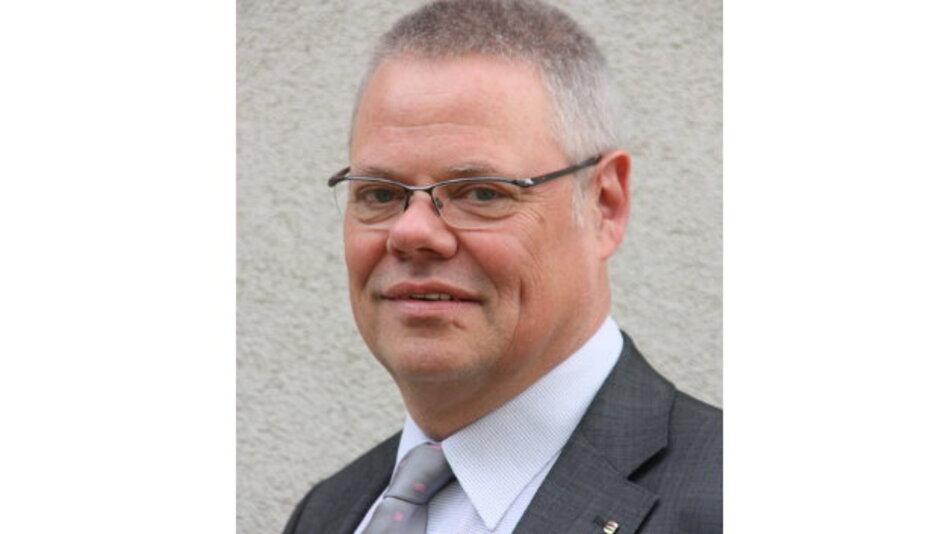 """""""Mit unserer neuen Gesellschaft, der Harting IT System Integration GmbH, die am 1. Januar ihre Arbeit aufgenommen hat, bieten wir unseren Kunden AutoID-Lösungen aus einer Hand"""", so Claus Hilger, Geschäftsführer der IT Services bei Harting."""