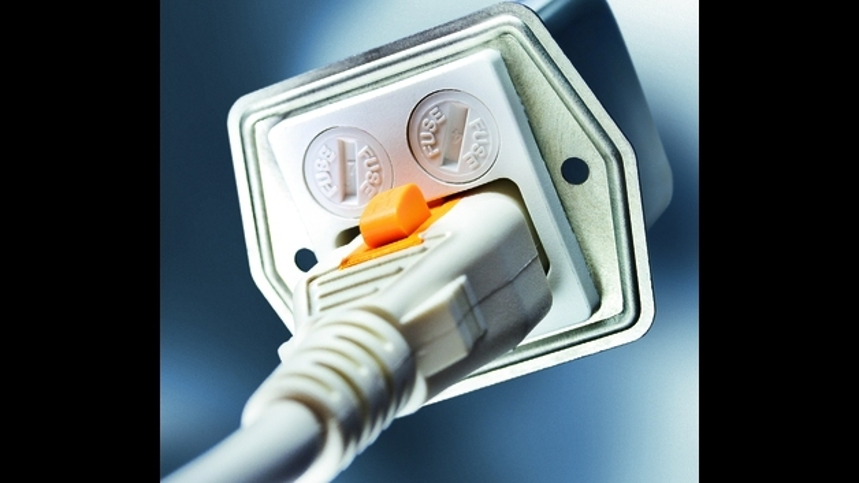 Standardsortiment von Gerätesteckern und Netzkabeln für das V-Lock-System