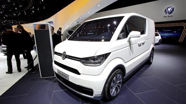 Elektro-Lieferwagen, der mit einer Höchstgeschwindigkeit von 120 km/h auch für kurze Überlandfahrten prädestiniert ist.