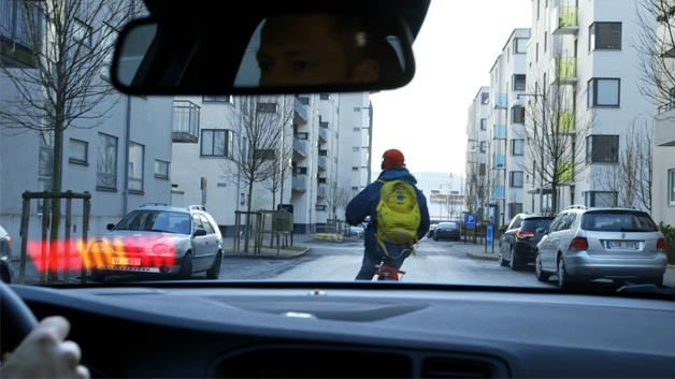 Volvo hat eine Radfahrer-Erkennung entwickelt, die Fahrradfahrer automatisch erkennt und bei drohender Kollision abbremst.