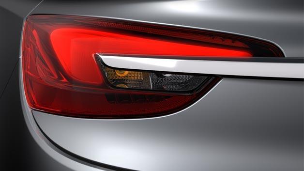 Hellas Heckleuchten kommen im neuen Opel Cabriolet Cascada zum Einsatz.