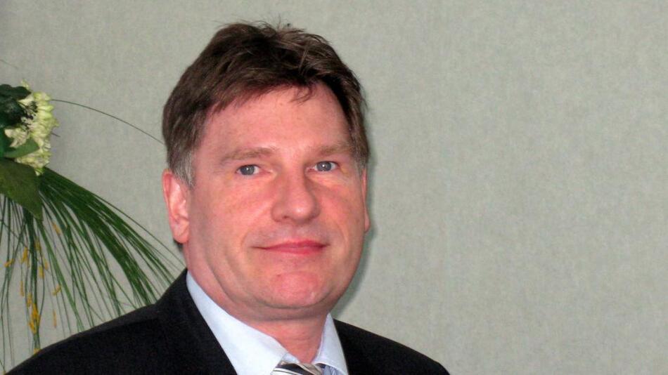"""Thomas Wenzel, Geschäftsführer der Göpel electronic GmbH: """"Im Rahmen der Partnerschaft mit der qinno GmbH können wir neue Prüfkonzepte im Rahmen von Embedded-System-Access- (ESA-) Architekturen auf sehr hohem Niveau realisieren."""""""