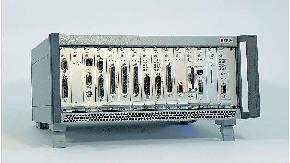 Bild 1: Der PAC-Messrechner »SEPIA« von Kolter Electronic als Tischgerät