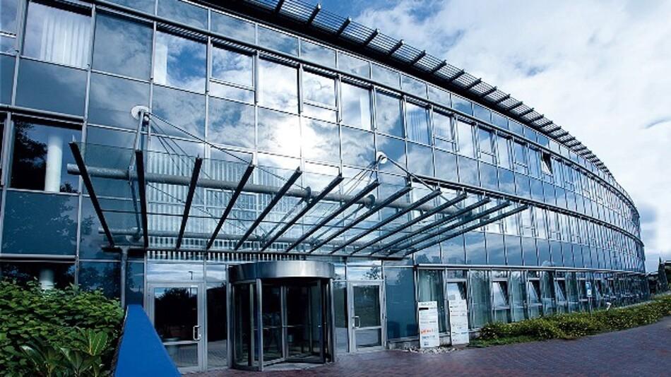 Das Firmengebäude von Basler in Ahrensburg bei Hamburg