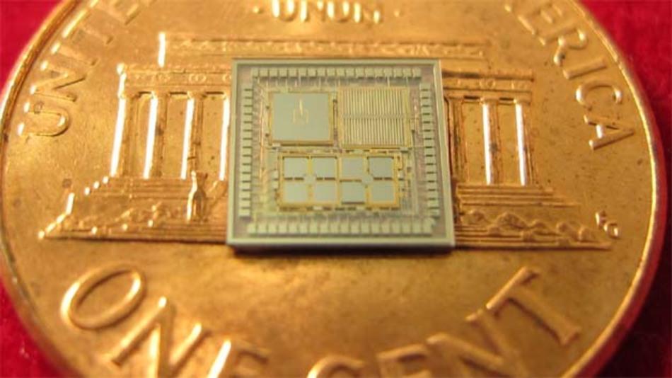 Dieser Mini-Chip kann völlig ohne Satelliten präzise navigieren: Inertial-Messtechnik auf CMOS macht's möglich.