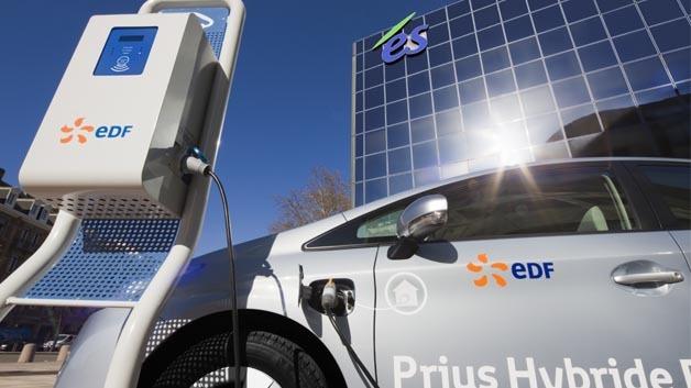 Mit Plug-In-Hybriden lassen sich Kraftstoffersparnisse von rund 50 Prozent erzielen.