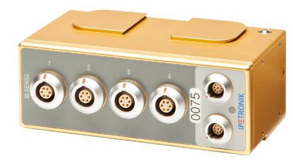 Die Messeingänge, Sensorversorgung, CAN-Bus, Netzteil und Gehäuse sind untereinander vollständig galvanisch getrennt.