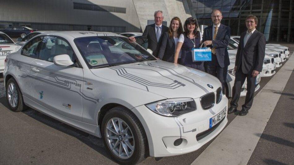 Übergabe von 15 BMW ActiveE an Privatnutzer im BMW-Werk in Leibzig.