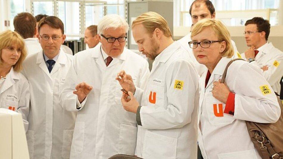 SPD-Fraktionsvorsitzender Steinmeier besucht mit Delegation neues Ultratronik MMI-Kompetenzzentrum in Gilching