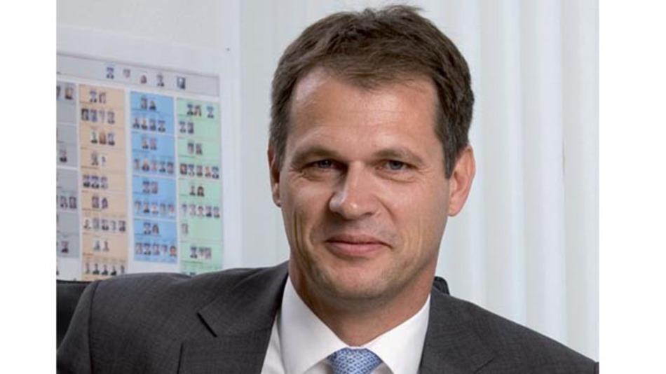 """Dr. Volkmar Tanneberger, Leiter der E/E-Entwicklung bei Volkswagen: """"Wir werden künftig von unseren Tier-1-Lieferanten und Halbleiterherstellern fordern, uns Benchmark-Ergebnisse für ihre Mikrocontroller vorzulegen."""""""
