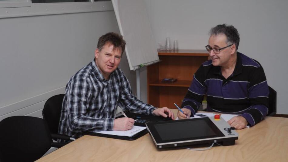 Die Projektleiter Rolf Nussbaum und Markus Bachmann sind mit dem Ergebnis zufrieden.