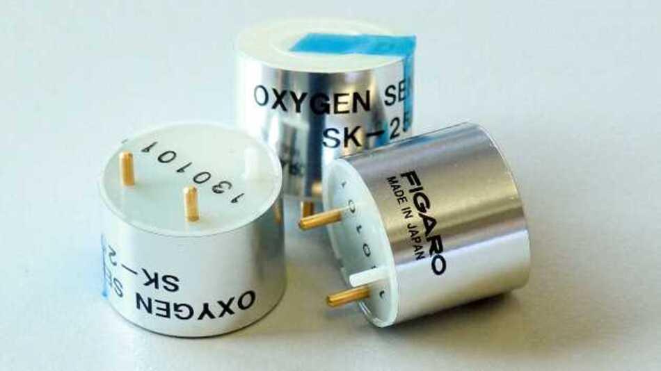 Unbeeinflusst von CO2, CO, HS2, NO und H2 arbeitet der lageunabhängige Sauerstoffsensor SK-25F von Figaro (Vertrieb: Unitronic)