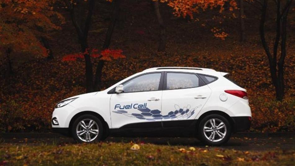 Mit dem ix35 Fuel Cell bringen die Koreaner die Brennstoffzellentechnologie auf die Straße.
