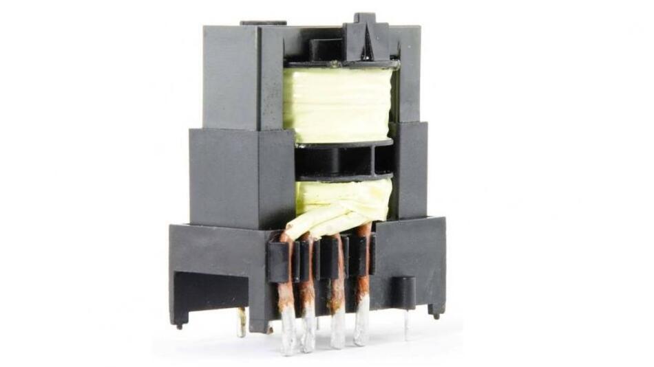 Bild 1. Eine neue Transformatorstruktur, bei der die Primär- und die Sekundärwicklung räumlich voneinander getrennt sind, bietet neben der hohen Überschlagsfestigkeit eine ausreichend große und stabile Streuinduktivität für die LLC-Resonanzwandler-Schaltung.