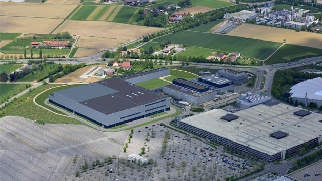 Im neuen Technologiezentrum Sindelfingen sollen Themen wie passive Sicherheit sowie Pre-Safe- und Assistenzsysteme behandelt werden.