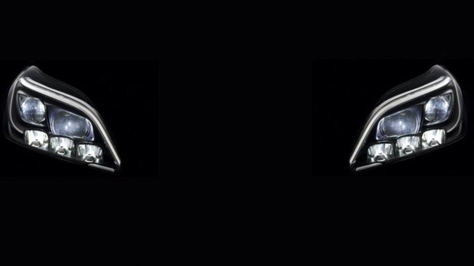 Weiterentwickelte LED-Technik von Mercedes-Benz.