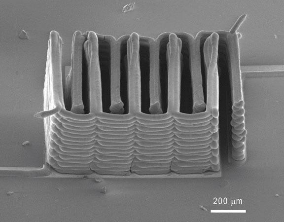 So sieht die fertig gedruckte Struktur des Akkus aus.