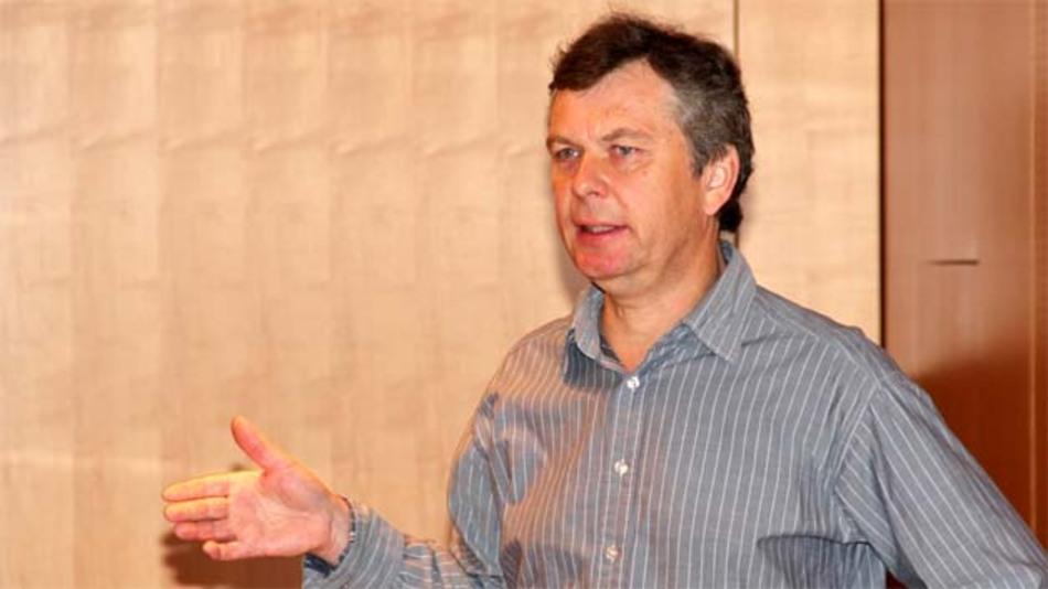 """Klaus Dembowski, Technische Universität Hamburg-Harburg: """"Mit zum Wichtigsten bei Energy-Harvesting-versorgten Funksystemen zählt das konsequente Nutzen der Sleep-Betriebsarten aller Komponenten."""""""