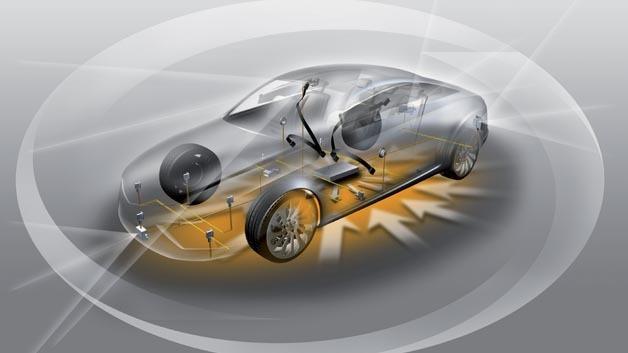Um alle Zusammenhänge während der Fahrzeugentwicklungsphase berücksichtigen zu können, kommen zunehmend Modelle zum Einsatz, die eine frühe Verifizierung wichtiger Eigenschaften gemäß ISO 26262 ermöglichen.