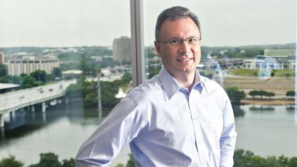 CEO Tyson Tuttle in seinem Büro in Austin bei ausnahmsweise einmal bewölktem Himmel im amerikanischen Sonnenstaat Texas.