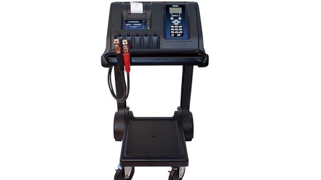 Seit 1.7.2013 im Einsatz in Subaru-Werkstätten: Die GRX-3555 Batteriediagnosestation von Midtronics.