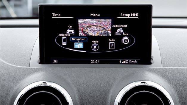 Car manufacturers are forced to reduce time to market if they develope a new infotainment system.