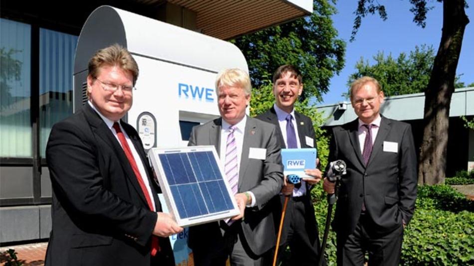 """""""Sonne in den Tank"""": Im Projekt metropol-E werden erneuerbare Energien für Elektrofahrzeuge genutzt."""