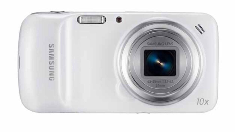 Ein optisches 10-fach Zoom und 16 MPixel im CMOS-Sensor: das sind ordentliche technische Kamera-Parameter.